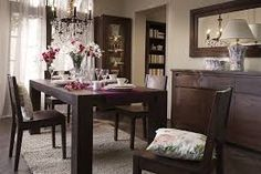 Feng Shui Dining Room – Relish Ideas to Enjoy Both: Good Health & Wealth Feng Shui Dining Room, Dining Room Table Decor, Country Dining Rooms, Dining Room Design, Dining Room Furniture, Dining Chairs, Dark Furniture, Room Decor, Minimalist Dining Room