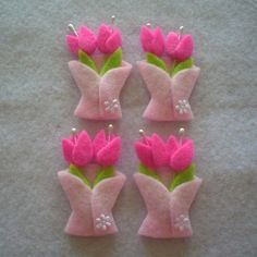 """Tulipanes """"Handmade Tulip Felt Applique via Etsy."""", """"Shop for on Etsy, the place to express your creativity through the buying and selling of handmade a Felt Diy, Felt Crafts, Easter Crafts, Fabric Crafts, Sewing Crafts, Diy And Crafts, Felt Flowers, Fabric Flowers, Felt Brooch"""