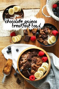 7-Ingredient DARK CHOCOLATE Quinoa Breakfast Bowl! Full of antioxidants, fiber and protein #vegan #glutenfree #quinoa #breakfast #recipe #minimalistbaker