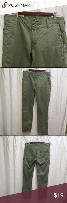 Mens Khaki Olive Levis 32x30 This pair of Levis is gently worn with no tears or stains. Thank you for visiting my closet and remember wearing pre-warn closing is an ethical way to have a fashionable ward robe. Levi's Jeans Straight