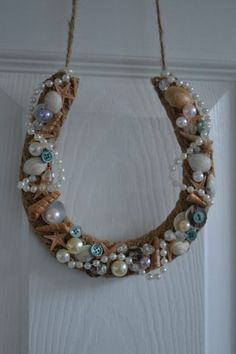 wedding horseshoe gift/ beach,shells theme