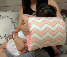 The Nursie Pillow Review Pillow Reviews, Breastfeeding, Things To Come, Babies, Pillows, My Love, Products, Bed Pillows, My Boo