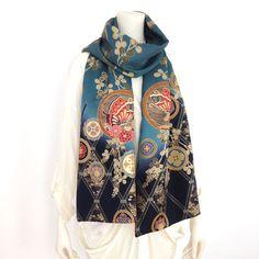 着物リメイク服・ドレス、手作りの一点物だけを販売。着物好きな方の普段着に、結婚式やパーティのフォーマルドレスに! Fashion Background, Kimono Dress, Kimono Fashion, Alexander Mcqueen Scarf, My Style, Refashioning, Shopping, Handmade, Dresses