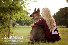 A great aggie dog photography session in College Station, TX with a Texas A&M University theme. Pictures With Horses, Photos With Dog, Dog Pictures, Family Pictures, Country Senior Pictures, Male Senior Pictures, Senior Pics, Senior Year, Senior Photography