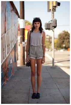Really cute New York fashion summer style outfit . Especially love the high wasted shorts ! #adorable