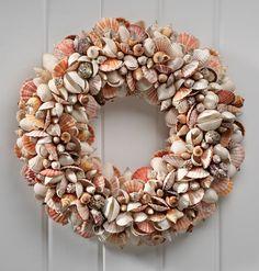 Nantucket Shell Wreath - Zoom
