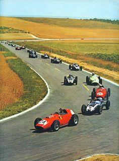 First lap at the 1959 French Grand Prix at Reims Tony Brooks (#24, Scuderia Ferrari), Jack Brabham (#8, Cooper Car co.), Phil Hill (#26, Scuderia Ferrari), Stirling Moss (#2, British Racing Partnership), Masten Gregory (#10, Cooper Car co.), Bruce McLaren (#12, Cooper Car co.) and the rest of the pack…