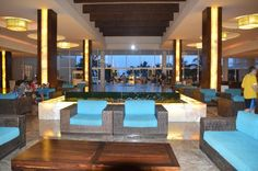 Now Jade Riviera Cancun Resort & Spa: Lobby