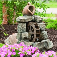 Garden Water Wheel You are in the right place about unique Indoor water fountains Here we offer you the most beautiful pi Small Patio Garden, Backyard Water Feature, Diy Water Feature, Water Wheel, Diy Garden, Garden Water Fountains, Diy Water, Waterfalls Backyard, Diy Fountain