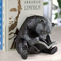 Reading Bear Bookend - Book End, Bookend - Levenger The Levenger business model seems to target people who like books, but hate reading? Or vice versa? I Love Books, My Books, Book Nooks, Bibliophile, Book Lovers, It Cast, Cast Iron, Illustration, Bookends