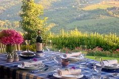 Set for dinner in Tuscany