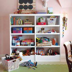 Bebê com Estilo: Como arrumar a estante das crianças