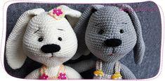 Zajączki na szydełku krok po kroku – kurs szydełkowania | Pasart Blog Hello Kitty, Robot, Blog, Art, Fictional Characters, Crochet Tote, Caps Hats, Knitting, Art Background