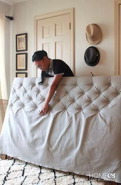 How To Make A Diamond Tufted Headboard 2019 A headboard is a great way to make your bedroom look put together! See how to make a DIY Tufted headboard here! The post How To Make A Diamond Tufted Headboard 2019 appeared first on Furniture ideas. Furniture Projects, Home Projects, Home Crafts, Diy Furniture, Refurbished Furniture, Bedroom Furniture, Sewing Projects, How To Make Furniture, Furniture Plans