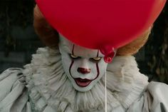 """Pennywise Actor Scared Kids On """"IT"""" Set"""