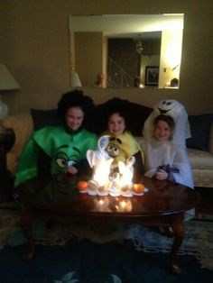 Karley Alling, 11 and her sisters Lauren, 9 and Cassandra, 7 from Towamencin.