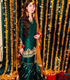 Likes, 3 Comments – Pakistani Style Guide ( on Instag… - Pakistani dresses Asian Bridal Dresses, Pakistani Party Wear Dresses, Bridal Mehndi Dresses, Shadi Dresses, Mehendi Outfits, Pakistani Wedding Outfits, Pakistani Bridal Wear, Wedding Dresses For Girls, Indian Outfits