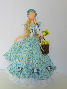 boneca de pano,toda feita a mão,com tecido tricoline,fitas de cetim,boneca decorativa e colecionável.