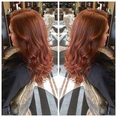 All done by ShadesEQ Cream #redken #red #seq #curls #redkenobsessed #ellemariekarlee #ellemarie #ellemarielakestevens #hairbykarleeann #summerhair #fallhair