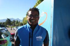 Nice to meet you: Naveen Rabelli- wer neugierig ist schaut mal nach seinem Solar TucTuc