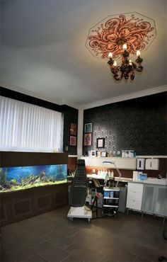 . Tattoo Studio, Tattoo Salon, Window Styles, Facade Architecture, Shop Logo, Shop Signs, Display Shelves, Home Deco, Exterior Design