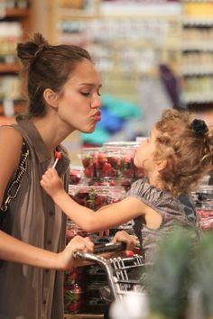 Jessica Alba and daughter