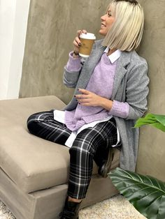 Office Outfits, Office Wear, Best Facebook, Brand It, Denim Fashion, Women Accessories, Plaid, Comfy, Stylish