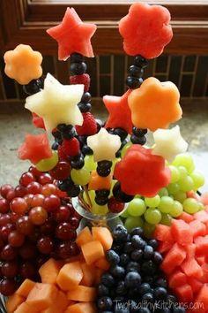 Centro de mesa de frutas  Delicias que além de enfeitar e deixar a mesa mais linda, serve para a sobremesa depois do jantar