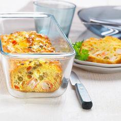 Découvrez la recette Cake au surimi rapide sur cuisineactuelle.fr.