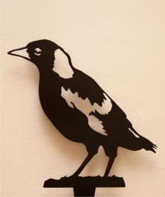 Metalscape - Magpie Fledgling - Metal Garden Art - Australia - Blue Mountains