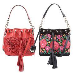 Muitas flores nas bolsas saco da Arezzo inspiradas na Frida Kahlo!