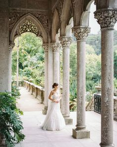 Esplendid Wedding Photo in the Monserrate Palace and Park in Sintra, Portugal. Photos by Фотодуэт POSTSCRIPTUM #destinationwedidngportugal #monserratepalaceweddingportugal