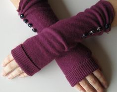 Upcycling old sweaters can be so much fun...and there are endless ideas to make with them!