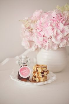 waffles, maple syrup and pink hydrangeas.... heavenly wedding table scape ~ bows and arrows: photoshoots