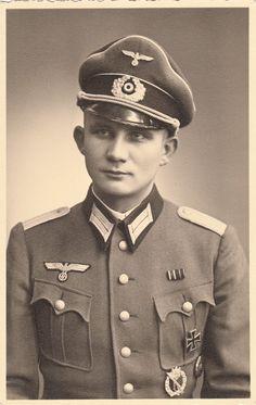 WEHRMACHT soldier (army)