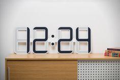 Een beauty! ClockONE is 's werelds eerste E-Ink muurklok -