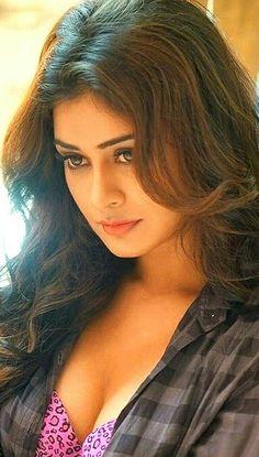 Most Beautiful Faces, Most Beautiful Indian Actress, Beautiful Actresses, Gorgeous Women, Beauty Full Girl, Beauty Women, Brunette Beauty, Indian Beauty, Poses