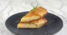 Ατομικά γαλακτομπούρεκα από τον Άκη Πετρετζίκη. Φτιάξτε το αγαπημένο σας σιροπιαστό γλυκό με αφράτη κρέμα και τραγανό φύλλο κρούστας!