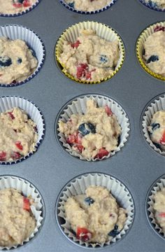 Banana Berry Oatmeal Muffins - Blueberry Banana Oatmeal Muffins made with Gerber baby cereal. Baby Snacks, Toddler Snacks, Cereal Recipes, Baby Food Recipes, Toddler Recipes, Kid Recipes, Food Baby, Muffin Recipes, Recipies