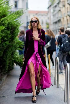 Street Style Candela November pink dress and burdeos velvet coat