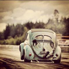 VW split window drag beetle