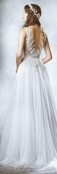 Gorgeous open back wedding dress - found on tumblr