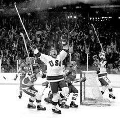 "Lake Placid Olympics - The underdog Team USA Hockey, little more than amateur hockey players, confronts the decades dominant professional team of the Soviet Union, dramatically defeating them in a spectacular game. This game came to be known as ""T Team Usa Hockey, Olympic Hockey, Hockey Games, Hockey Players, Ice Hockey, Olympic Games, Rangers Hockey, Olympic Athletes, Hockey Mom"