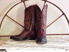 Vintage Code West Rockabilly Cowboy Boots 8 1/2 by RustySpoke, $125.00