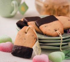 Add a charming touch to these teabag cookies with this free printable tea tag. Tea Recipes, Baking Recipes, Cookie Recipes, Recipies, Tea Tag, Cake Flour, Vanilla Flavoring, Fun Cookies, Crack Crackers