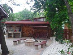 Kocsibeálló, szaletli, előtető, ácsmunka képek Pergola, Patio, Garden, Outdoor Decor, Home Decor, Garten, Decoration Home, Room Decor, Outdoor Pergola