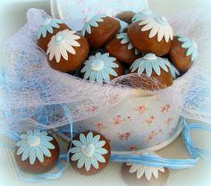 #perníky #zdobenéperníky #gingerbread Gingerbread, Cake, Desserts, Food, Tailgate Desserts, Deserts, Ginger Beard, Kuchen, Essen