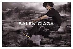 Moda masculina: Piero Mendez for Balenciaga Men SS 2015    por Fábio Monnerat | Über Fashion Marketing       - http://modatrade.com.br/moda-masculina-piero-mendez-for-balenciaga-men-ss-2015