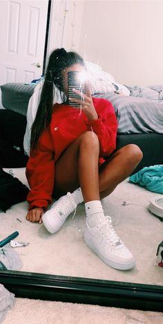Latest News: Corporate Entertainment Craigslist 2019 12 fotos frente al espejo Cute Poses For Pictures, Poses For Photos, Girl Photos, Teen Fashion Outfits, Outfits For Teens, Trendy Outfits, Ideas For Instagram Photos, Instagram Pose, Selfie Posen