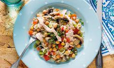 Este arroz de frango com grão e pimento é ideal para uma refeição rápida. Super colorido e rico em sabores, perfeito para toda a família. Tortellini, Pesto, Mediterranean Recipes, Healthy Cooking, Pasta Salad, Potato Salad, Healthy Living, Rice, Yummy Food